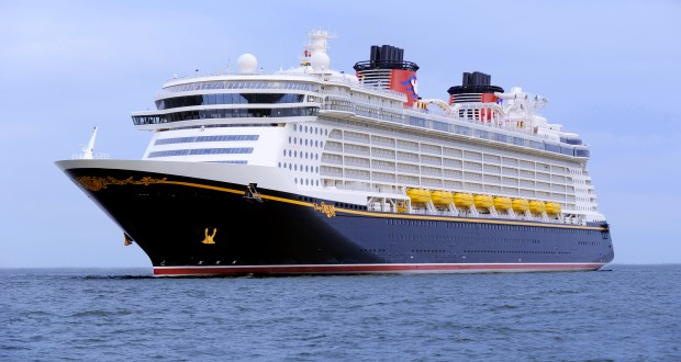 Condé Nast Traveler Readers Name Disney Cruise Line Ships Top Three Large Cruise Ships