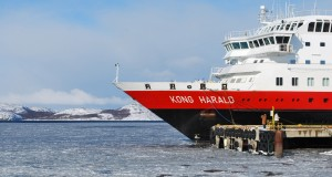 Hurtigruten Cruise Ship Runs Aground